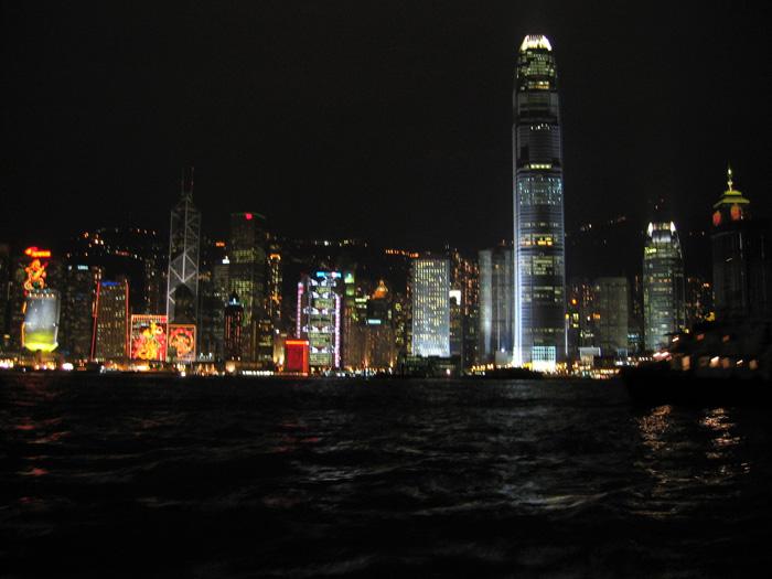 夜の香港島